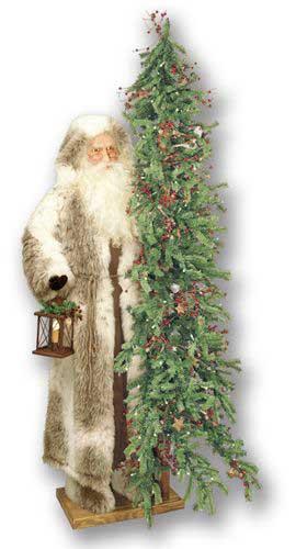 Father Christmas Statue - Christmas Trails V